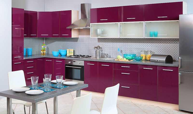 Extom Kuchyně PLATINUM 520/580 cm, korpus jersey, dvířka violet