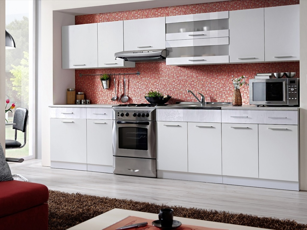 Smartshop Kuchyně MARTINA COM 260/320 cm, bílá/bílý lesk