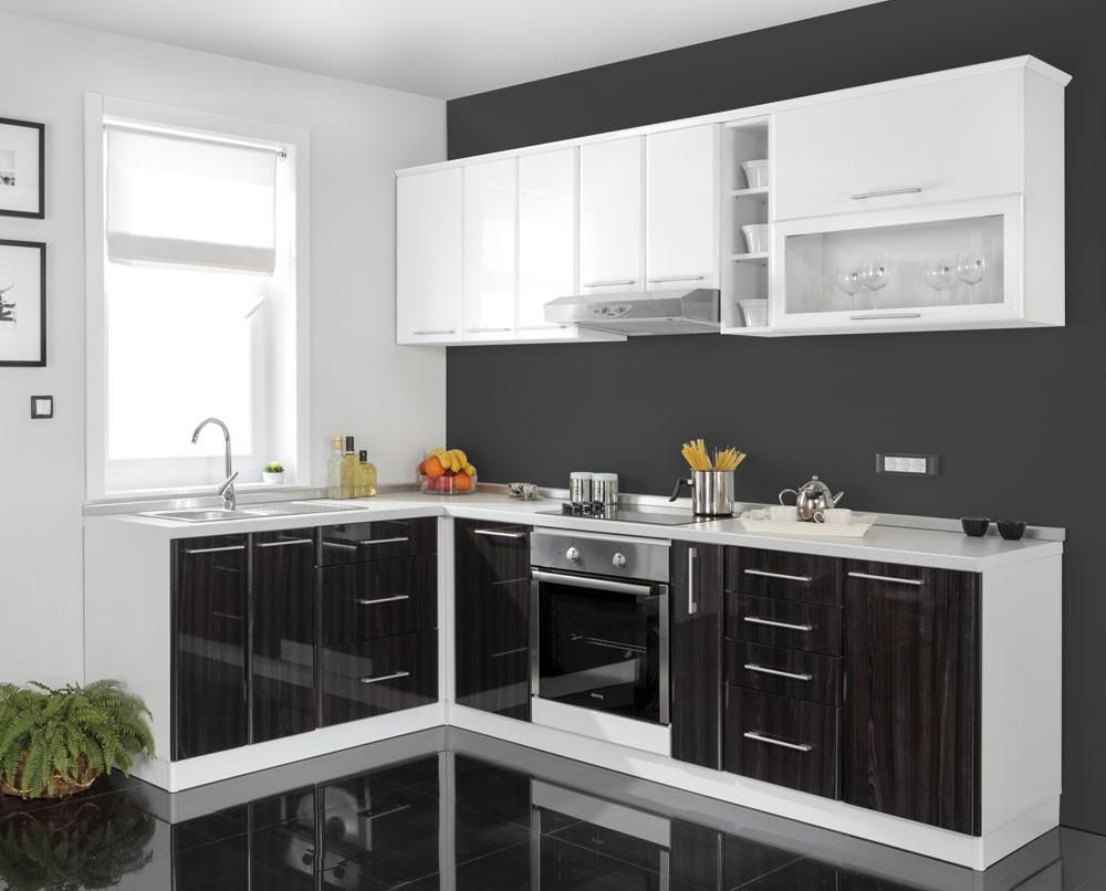 MATIS Rohová kuchyně IN MDF, bílý + černý lesk VZOROVÁ SESTAVA