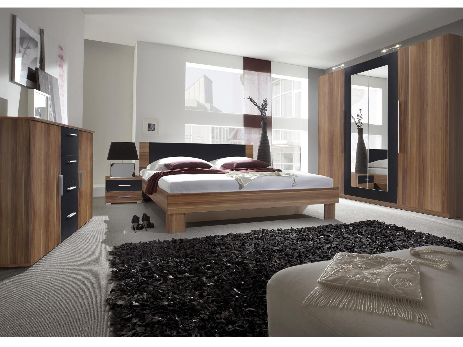 WILDER ložnice s postelí 180x200 cm, červený ořech/černá