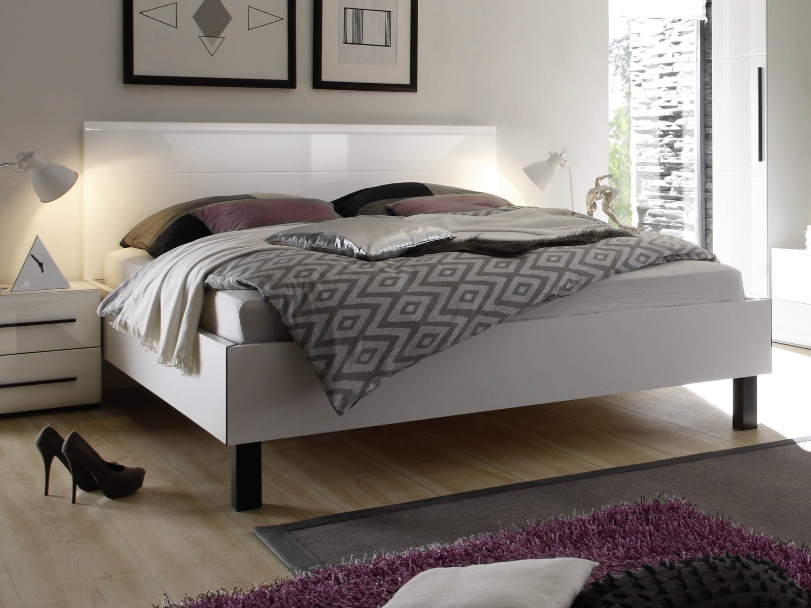 Smartshop HARMONY postel 180x200 cm TYP 32, bílá/bílá lesk