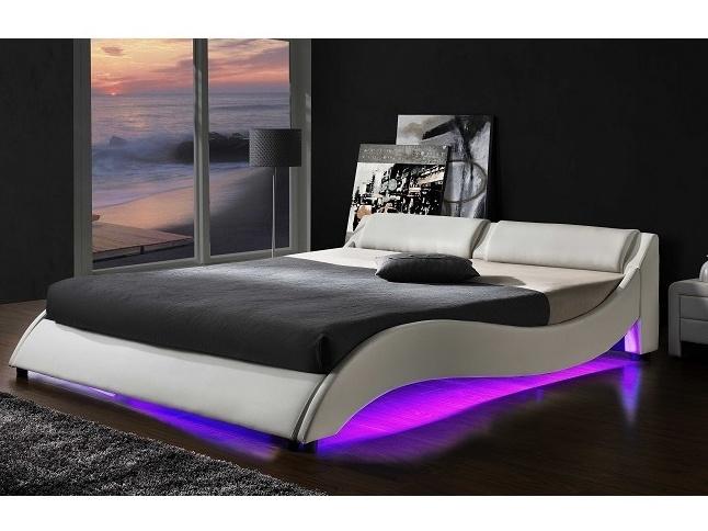 PASCALE čalouněná postel s roštem a LED osvětlením 180x200 cm, bílá
