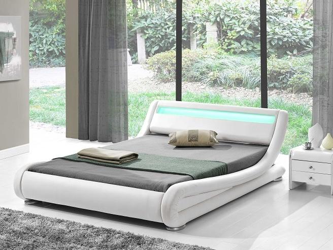 Tempo Kondela FILIDA čalouněná postel s roštem a LED osvětlením 180x200 cm, bílá