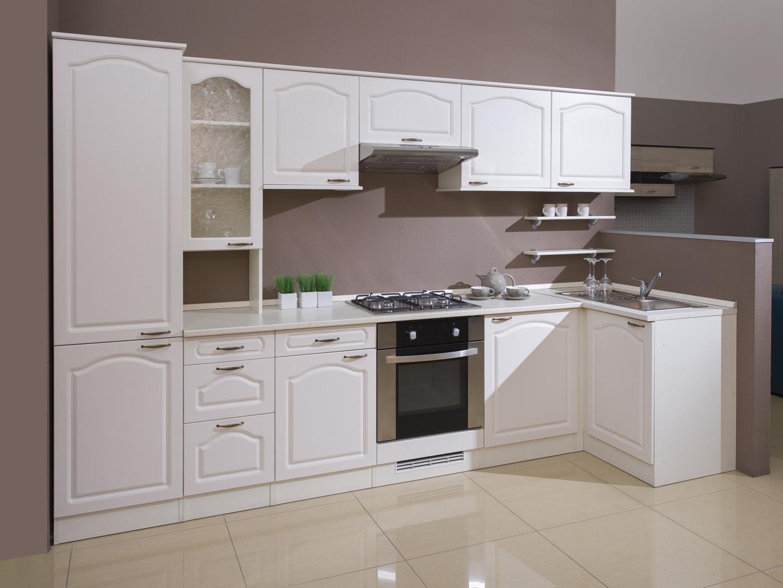 Rohová kuchyně JULIE 320x100 cm, korpus vanilka/dvířka magnolie
